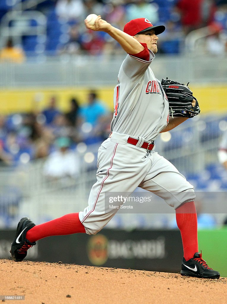Pitcher Mike leake #44 of the Cincinnati Reds throws in the first inning against the Miami Marlins at Marlins Park on May 15, 2013 in Miami, Florida.