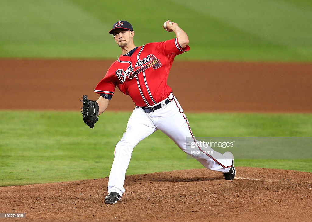 Pitcher <a gi-track='captionPersonalityLinkClicked' href=/galleries/search?phrase=Mike+Minor&family=editorial&specificpeople=6795776 ng-click='$event.stopPropagation()'>Mike Minor</a> #36 of the Atlanta Braves throws a pitch during the game against the Chicago Cubs at Turner Field on April 5, 2013 in Atlanta, Georgia.