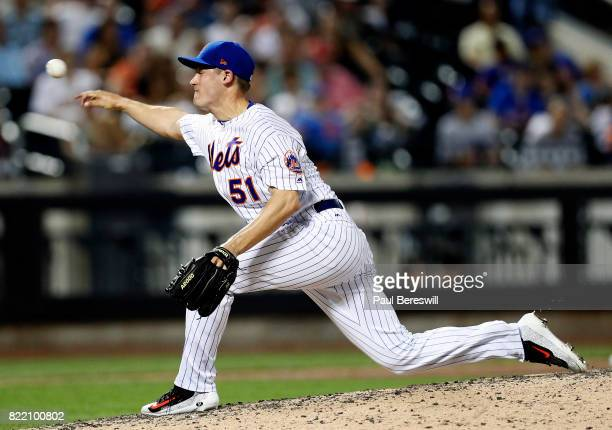Pitcher Paul Sewald of the New York Mets pitches in an interleague MLB baseball game against the Oakland Athletics on July 21 2017 at CitiField in...