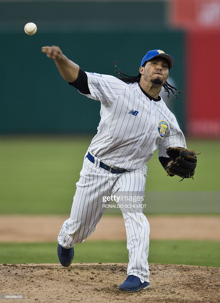 Pitcher Ramon Rodriguez of Magallanes of Venezuela pitches against Yaquis de Obregon of Mexico, during the 2013 Baseball Caribbean Series, on February 2, 2013, in Hermosillo, Sonora State, northern Mexico. AFP PHOTO/Ronaldo Schemidt
