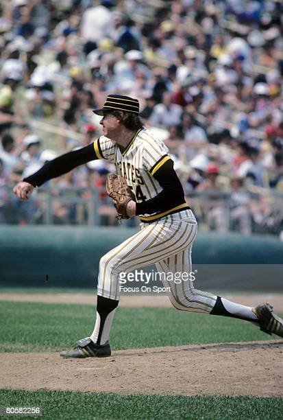 Pitcher Rich Gossage of the Pittsburgh Pirates pitches during a circa 1977 Major League Baseball game at Riverfront Stadium in Pittsburgh...