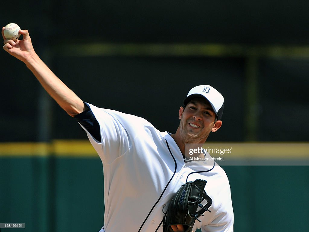Pitcher <a gi-track='captionPersonalityLinkClicked' href=/galleries/search?phrase=Rick+Porcello&family=editorial&specificpeople=4495644 ng-click='$event.stopPropagation()'>Rick Porcello</a> #21 of the Detroit Tigers starts against the Washington Nationals March 10, 2013 at Joker Marchant Stadium in Lakeland, Florida.