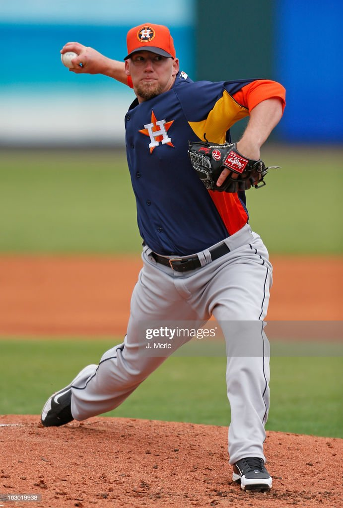 Pitcher <a gi-track='captionPersonalityLinkClicked' href=/galleries/search?phrase=Sam+Demel&family=editorial&specificpeople=6799246 ng-click='$event.stopPropagation()'>Sam Demel</a> #19 of the Houston Astros pitches against the Pittsburgh Pirates during a Grapefruit League Spring Training Game at McKechnie Field on March 3, 2013 in Bradenton, Florida.