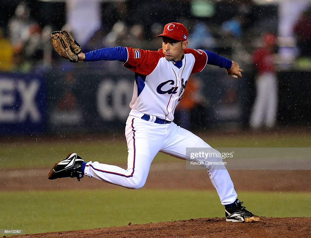 Pitcher Yulieski Gonzalez #48 of Cuba throws against Mexico during the 2009 World Baseball Celassic Pool B match on March 12, 2009 at the Estadio Foro Sol in Mexico City, Mexico. Gonzalez record his first win to defeat Mexico 16-4.