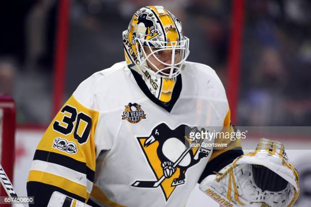 Pittsburgh Penguins Goalie Matt Murray gets set as the puck is dropped to his right during the second period in a game between the Pittsburgh...
