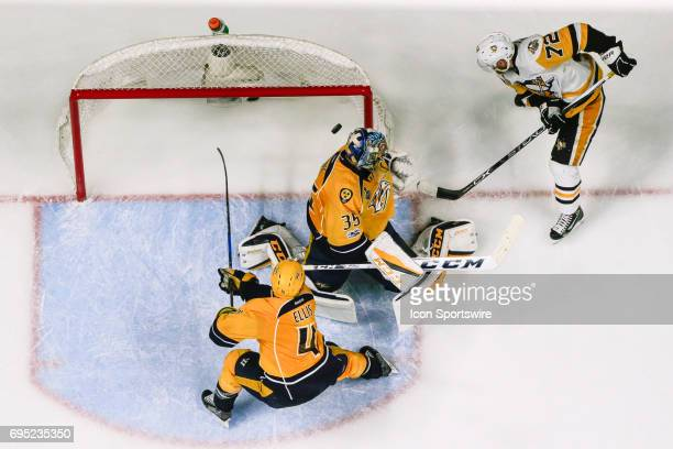 Pittsburgh Penguins right wing Patric Hornqvist shoots game winning goal against Nashville Predators goalie Pekka Rinne during game 6 of the 2017 NHL...