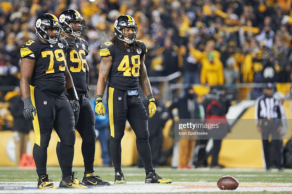 468445089c3 ... Pittsburgh Steelers nose tackle Javon Hargrave (79)