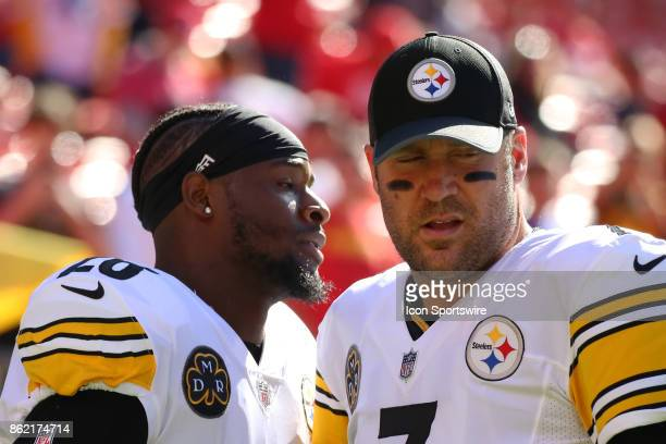 Pittsburgh Steelers quarterback Ben Roethlisberger and running back Le'Veon Bell before a week 6 NFL game between the Pittsburgh Steelers and Kansas...
