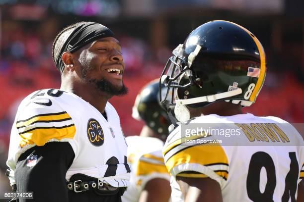 Pittsburgh Steelers running back Le'Veon Bell and Pittsburgh Steelers wide receiver Antonio Brown before a week 6 NFL game between the Pittsburgh...