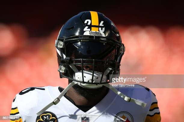 Pittsburgh Steelers running back Le'Veon Bell before a week 6 NFL game between the Pittsburgh Steelers and Kansas City Chiefs on October 15 2017 at...