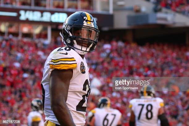 Pittsburgh Steelers running back Le'Veon Bell in the second quarter of a week 6 NFL game between the Pittsburgh Steelers and Kansas City Chiefs on...