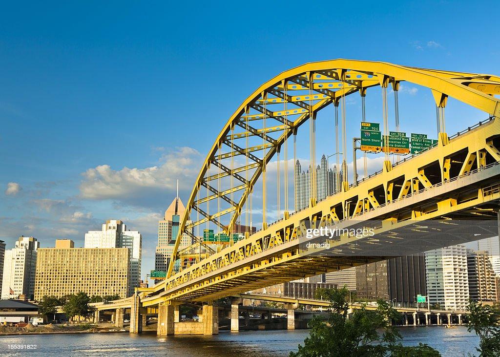 Pittsburgh's Fort Pitt Bridge
