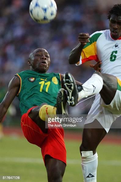 """Résultat de recherche d'images pour """"senegal cameroun can 2002 aliou cissé ndiefi  getty images"""""""