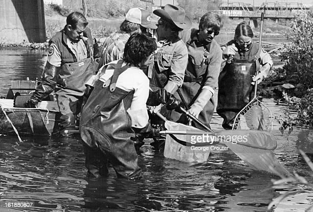 NOV 13 1981 Pix water Pollute