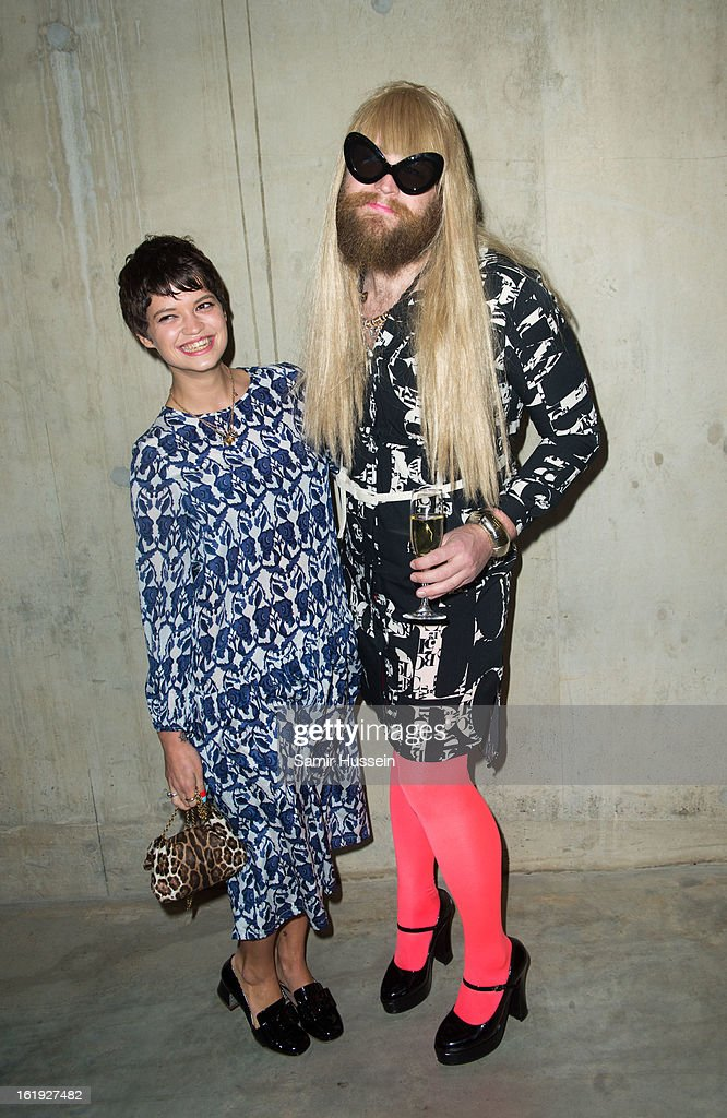 <a gi-track='captionPersonalityLinkClicked' href=/galleries/search?phrase=Pixie+Geldof&family=editorial&specificpeople=208703 ng-click='$event.stopPropagation()'>Pixie Geldof</a> and Guest attend the Topshop Unique show at the Tate Modern during London Fashion Week Fall/Winter 2013/14 on February 17, 2013 in London, England.