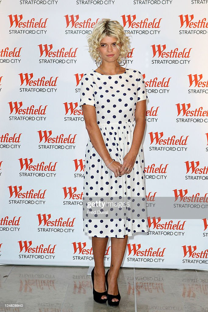 Pixie Geldof attends a photocall for the grand opening of Westfield Stratford City shopping centre at Westfield Stratford City on September 13, 2011 in London, England.