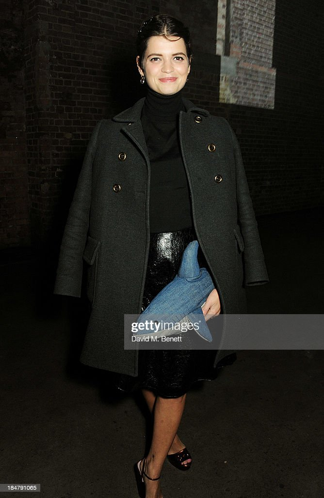 <a gi-track='captionPersonalityLinkClicked' href=/galleries/search?phrase=Pixie+Geldof&family=editorial&specificpeople=208703 ng-click='$event.stopPropagation()'>Pixie Geldof</a> attends the Burberry Brit Rhythm gig in London at Village Underground on October 16, 2013 in London, England.