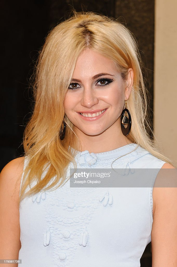 <a gi-track='captionPersonalityLinkClicked' href=/galleries/search?phrase=Pixie+Lott&family=editorial&specificpeople=5591168 ng-click='$event.stopPropagation()'>Pixie Lott</a> arrives at Brits Icon Awards honouring Sir Elton John at London Palladium on September 2, 2013 in London, England.