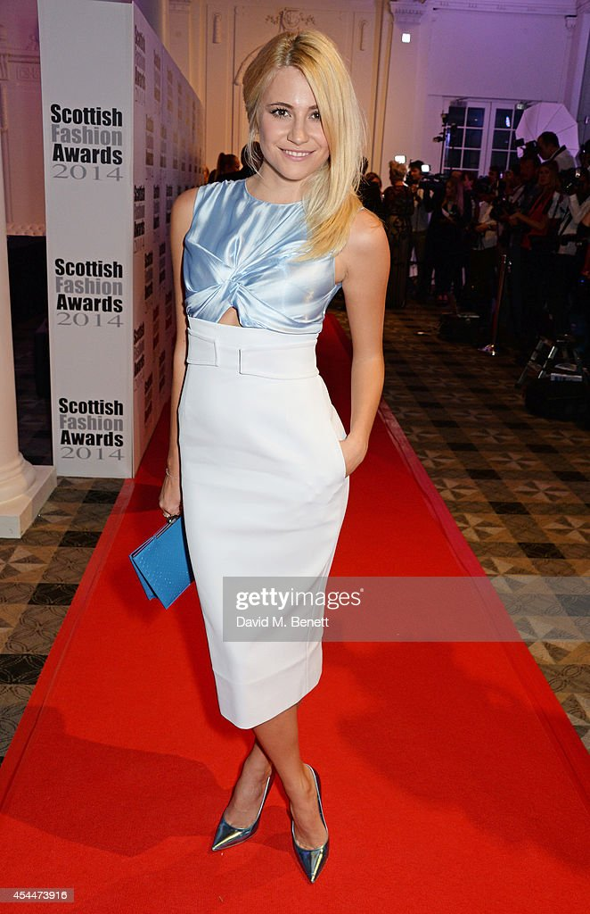 <a gi-track='captionPersonalityLinkClicked' href=/galleries/search?phrase=Pixie+Lott&family=editorial&specificpeople=5591168 ng-click='$event.stopPropagation()'>Pixie Lott</a> arrives at the Scottish fashion invasion of London at the 9th annual Scottish Fashion Awards at 8 Northumberland Avenue on September 1, 2014 in London, England.
