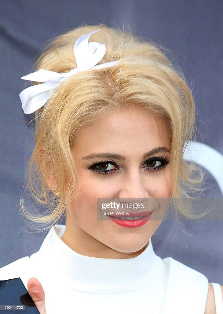 Pixie Lott attends a photocall to launch the new BlackBerry Z10 smartphone at Phones4u, Oxford Street on January 31, 2013 in London, England.