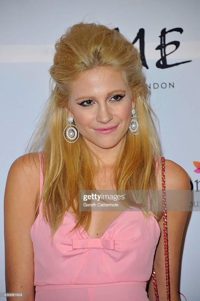Pixie Lott attends the London Global Gift Gala at ME Hotel on November 19, 2013 in London, England.
