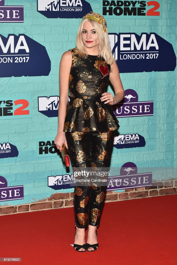 Pixie Lott attends the MTV EMAs 2017 at The SSE Arena, Wembley on November 12, 2017 in London, England.