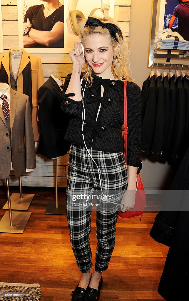 Pixie Lott attends the Panasonic Technics 'Shop To The Beat' Party hosted by George Lamb at French Connection, Oxford Circus, on March 13, 2013 in London, England.
