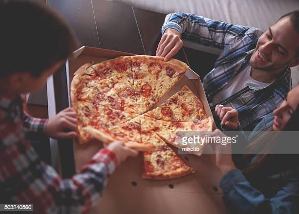 Pizza wie zu Hause fühlen.