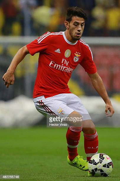 Pizzi of Benfica drives the ball during a match between America and Benfica as part of the International Champions Cup 2015 at Azteca Stadium on July...
