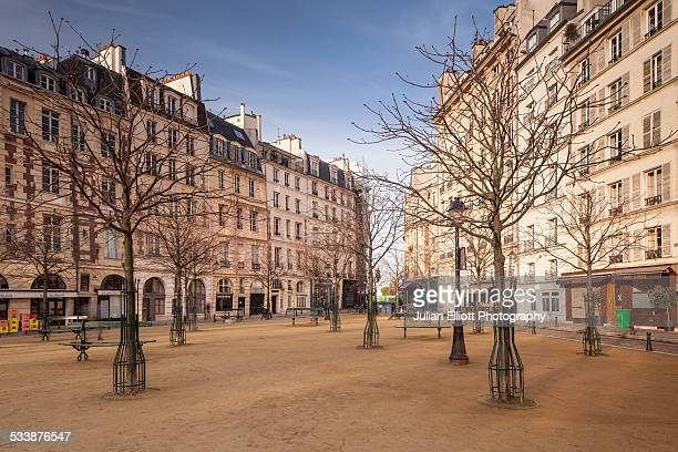 Place Dauphine, Ile de la Cite, Paris