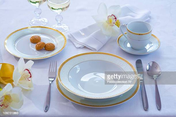 Place-setting with flowers