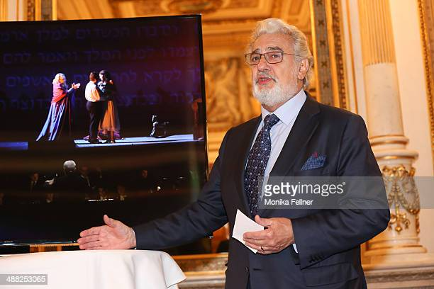 Placido Domingo talks at the press conference at Vienna State Opera on May 5 2014 in Vienna Austria