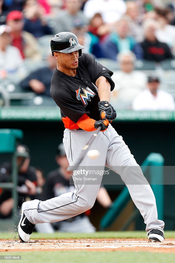 <a gi-track='captionPersonalityLinkClicked' href=/galleries/search?phrase=Placido+Polanco&family=editorial&specificpeople=213170 ng-click='$event.stopPropagation()'>Placido Polanco</a> #30 of the Miami Marlins at bat against the St. Louis Cardinals at the Roger Dean Stadium on February 28, 2013 in Jupiter, Florida.