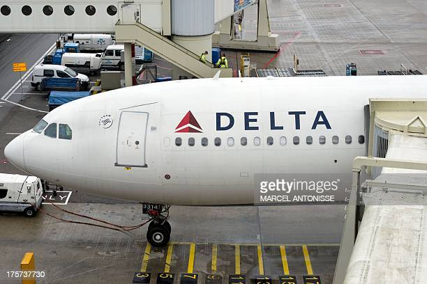 A plane of Delta Airlines with 398 people on board on his way from Paris to Detroit made a precautionary landing at Schiphol airport on August 7 2013...