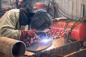 Plasma cutting of workpieces of steel structures from heavy steel plate