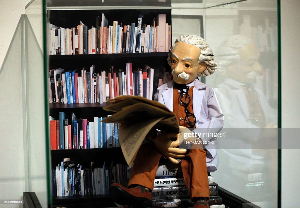 A plaster statue depicting Albert Einstein is displayed at The Albert Einstein Archives department at the Hebrew University of Jerusalem on February 11, 2016 as head of the department showed the original document written by Einstein related to his prediction of the existence of gravitational waves. The Einstein theory was developed by Einstein 100 years ago, but had never been proved. One document is the first in which Einstein ever presented his theory of gravitational waves, the other is a page from the 46-page Theory of Relativity. / AFP / THOMAS COEX
