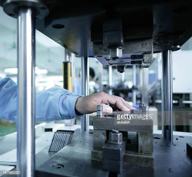 Technologie de machine en plastique injecté
