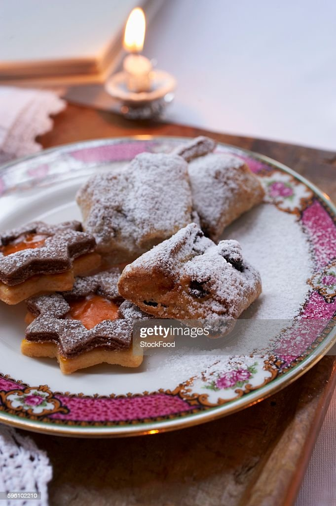 Plate of biscuits (Christmas)