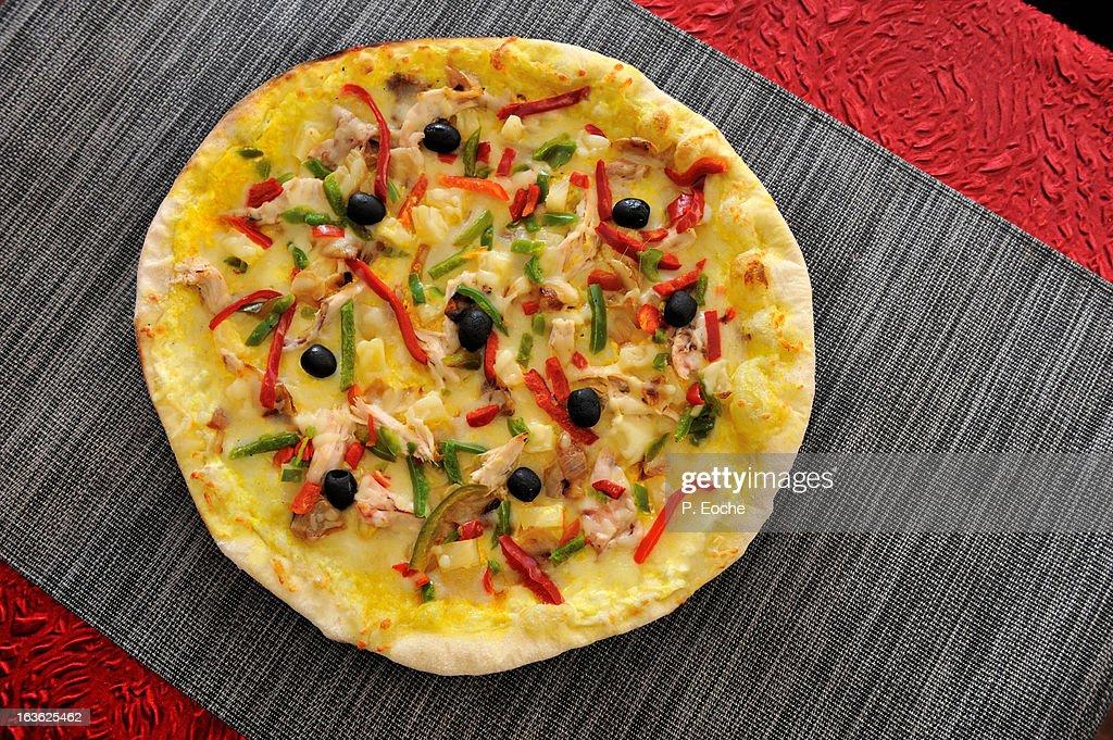 plate, pizza, recipe, restaurant, olive black pepp : Stock Photo