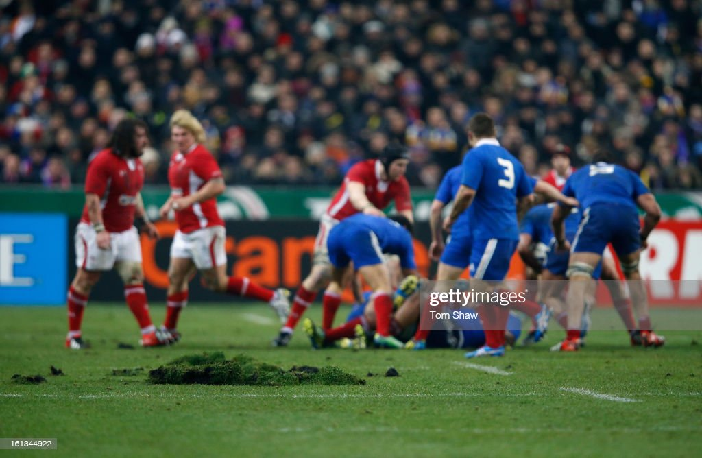 Play continues with the pitch cut up during the RBS Six Nations match between France and Wales at Stade de France on February 9, 2013 in Paris, France.