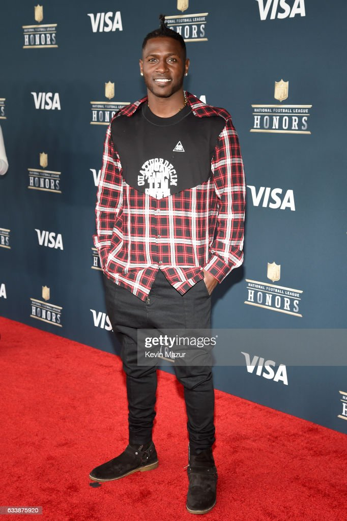 NFL player Antonio Brown attends 6th Annual NFL Honors at Wortham Theater Center on February 4, 2017 in Houston, Texas.
