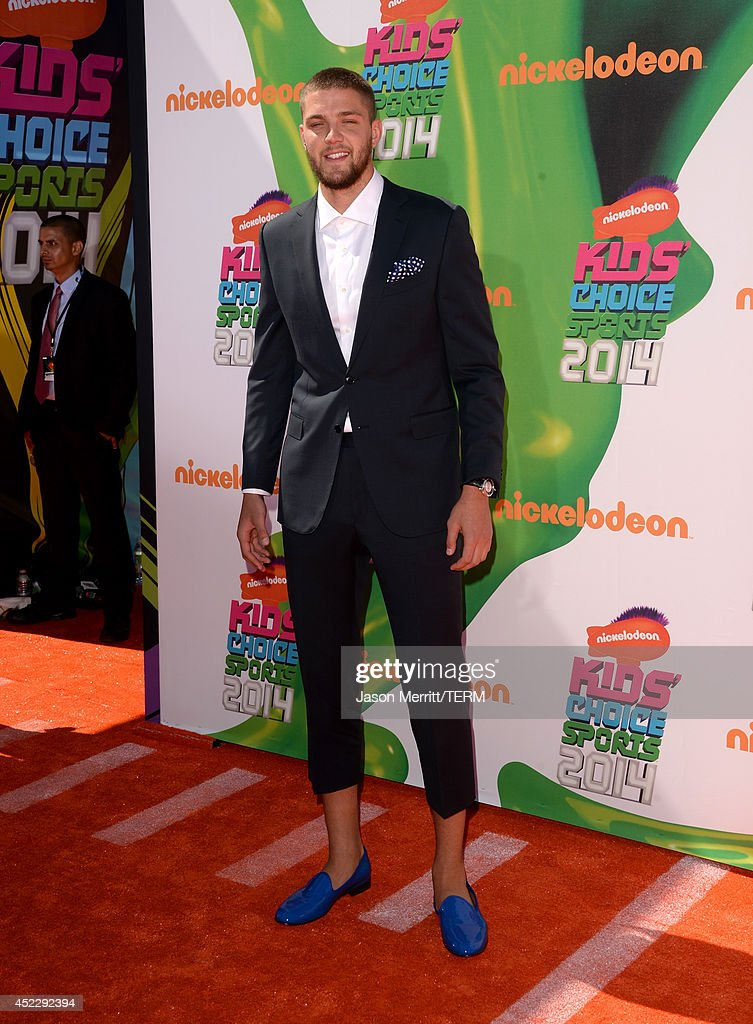 NBA player <a gi-track='captionPersonalityLinkClicked' href=/galleries/search?phrase=Chandler+Parsons&family=editorial&specificpeople=4249869 ng-click='$event.stopPropagation()'>Chandler Parsons</a> attends Nickelodeon Kids' Choice Sports Awards 2014 at UCLA's Pauley Pavilion on July 17, 2014 in Los Angeles, California.