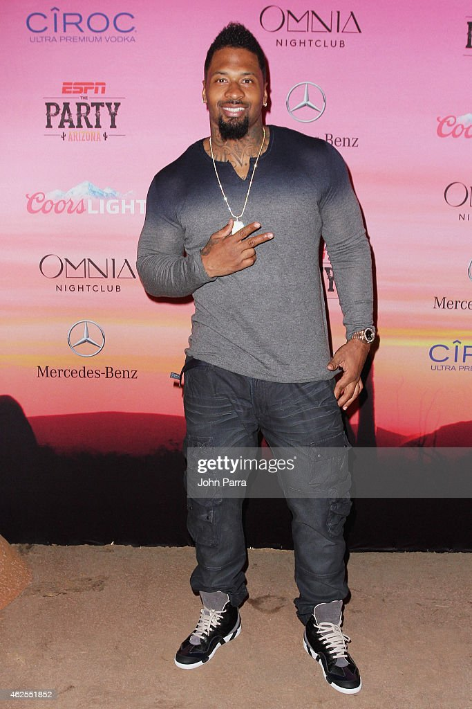 NFL player <a gi-track='captionPersonalityLinkClicked' href=/galleries/search?phrase=Darnell+Dockett&family=editorial&specificpeople=240273 ng-click='$event.stopPropagation()'>Darnell Dockett</a> attends ESPN the Party at WestWorld of Scottsdale on January 30, 2015 in Scottsdale, Arizona.