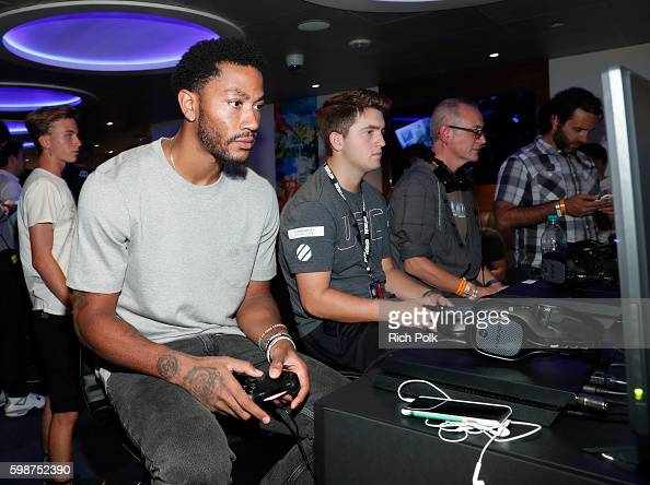 NBA player Derrick Rose attends The Ultimate Fan Experience Call Of Duty XP 2016 presented by Activision at The Forum on September 2 2016 in...
