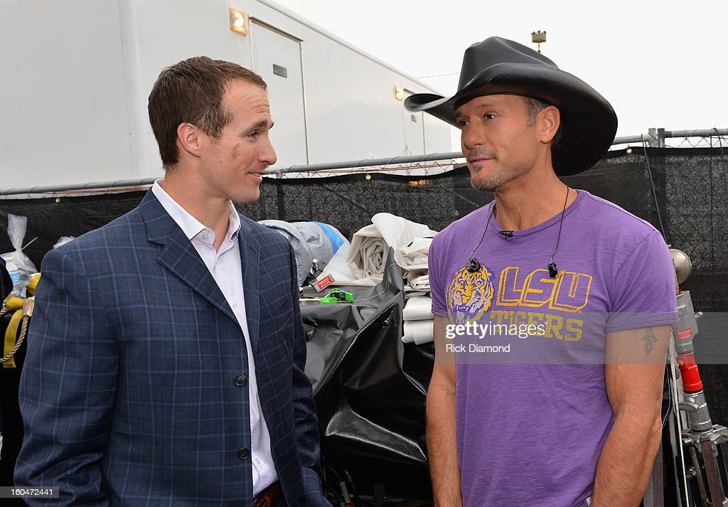 NFL player Drew Brees of the New Orleans Saints and singer/actor Tim McGraw on ABC's 'Good Morning America' at the House of Blues on February 1, 2013 in New Orleans, Louisiana.
