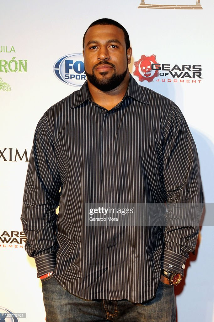 NFL player Duane Brown attends The Maxim Party With 'Gears of War: Judgment' For XBOX 360, FOX Sports & Starter Presented by Patron Tequila at Second Line Warehouse on February 1, 2013 in New Orleans, Louisiana.