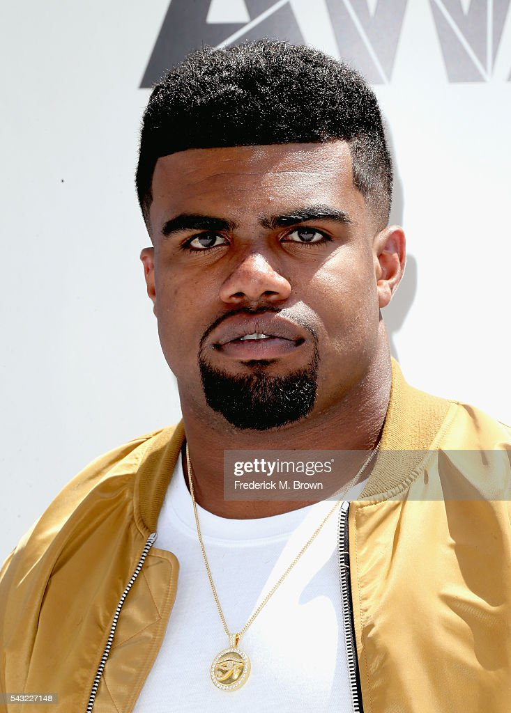 NFL player <a gi-track='captionPersonalityLinkClicked' href=/galleries/search?phrase=Ezekiel+Elliott&family=editorial&specificpeople=11353596 ng-click='$event.stopPropagation()'>Ezekiel Elliott</a> attends the 2016 BET Awards at the Microsoft Theater on June 26, 2016 in Los Angeles, California.