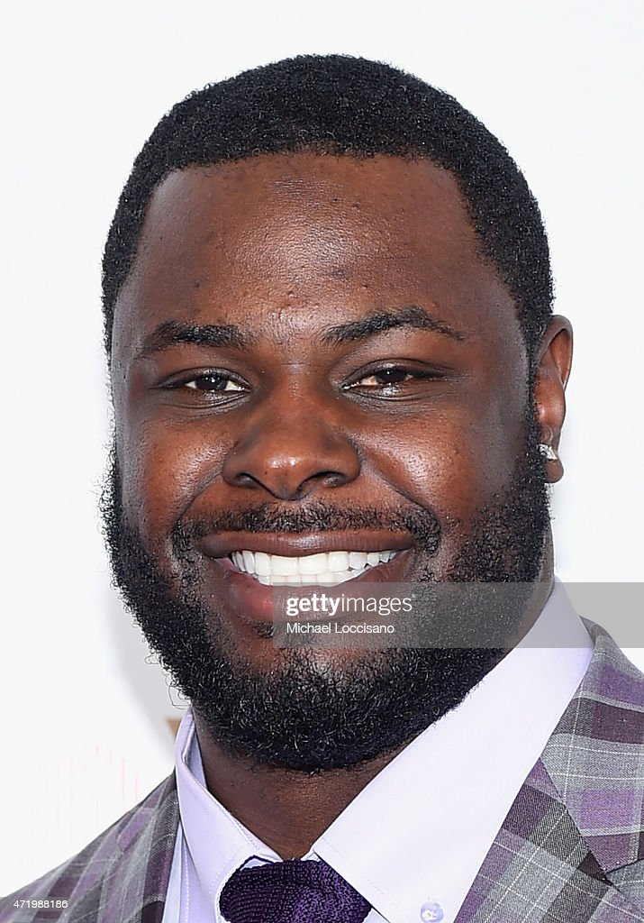 NFL player Frostee Rucker attends the 141st Kentucky Derby at Churchill Downs on May 2, 2015 in Louisville, Kentucky.