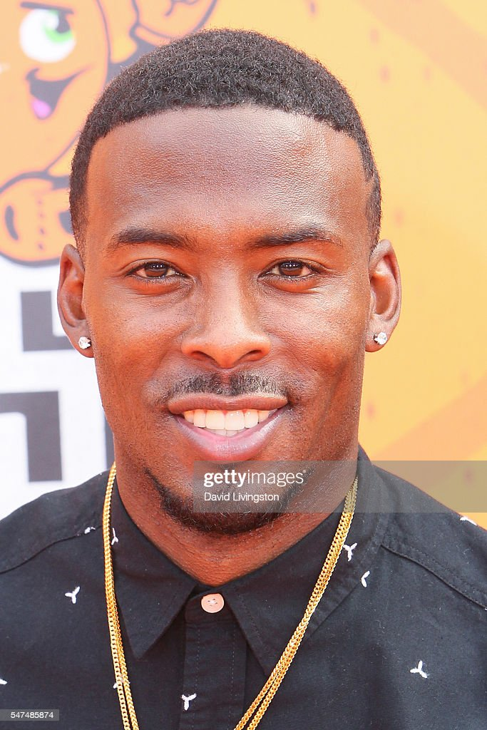 NBA player Isaiah Thomas arrives at the Nickelodeon Kids' Choice Sports Awards 2016 at the UCLA's Pauley Pavilion on July 14, 2016 in Westwood, California.