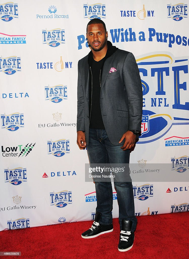 NFL player <a gi-track='captionPersonalityLinkClicked' href=/galleries/search?phrase=James+Anderson+-+American+Football+Player&family=editorial&specificpeople=6920310 ng-click='$event.stopPropagation()'>James Anderson</a> attends the 23rd Annual Super Bowl Party With A Purpose at Brooklyn Cruise Terminal on February 1, 2014 in New York City.